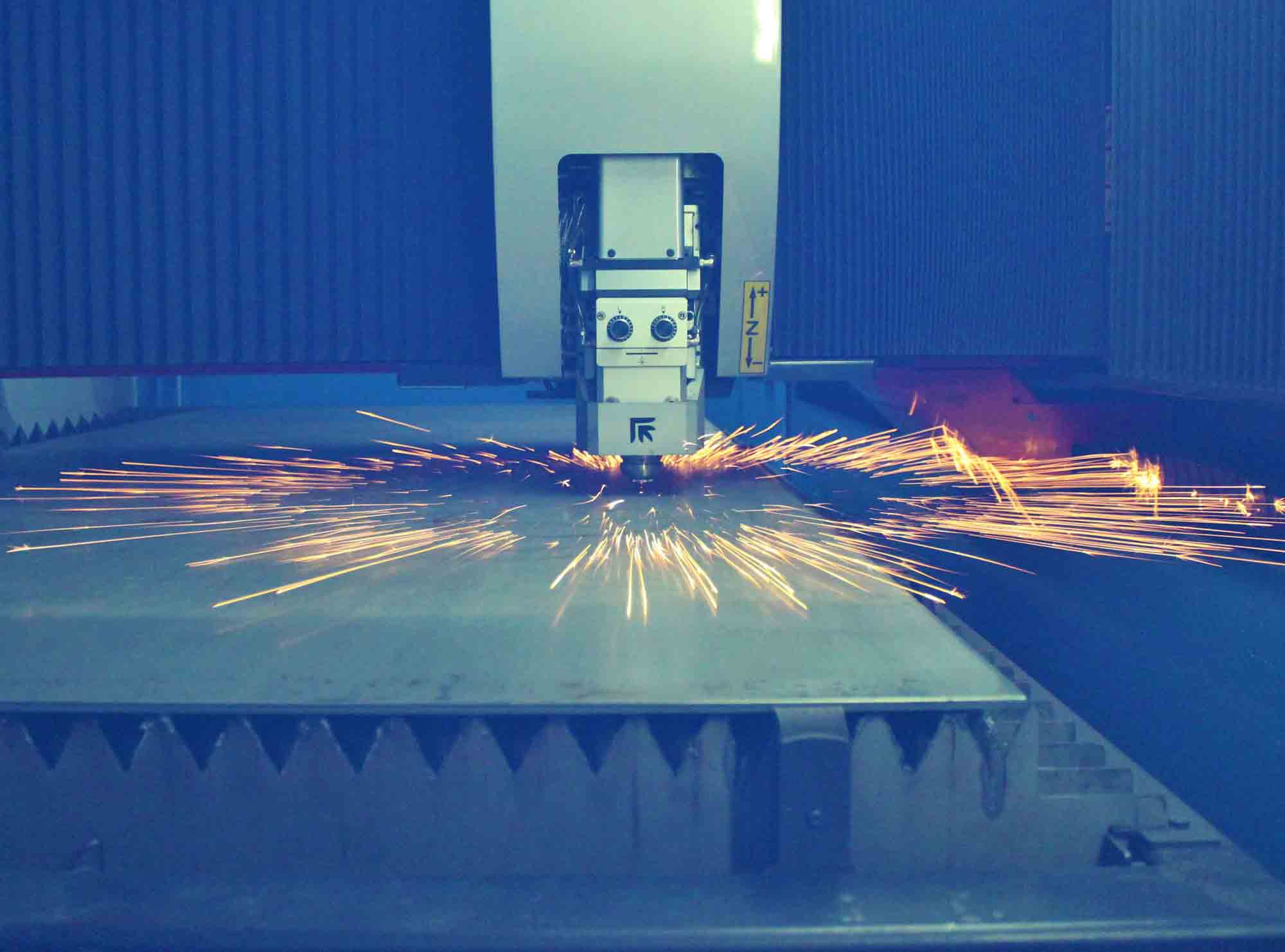 VTI's CO2 Sheet Laser - Sparks Flying in Circle
